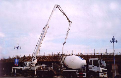 专利转让:可自调节搅拌宽度的混凝土灌注桩浇筑